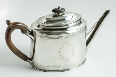 Hill-Stead Silver Bateman teapot wood handle